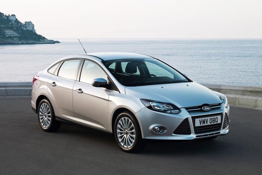 ford_focus_sedan_vietnam