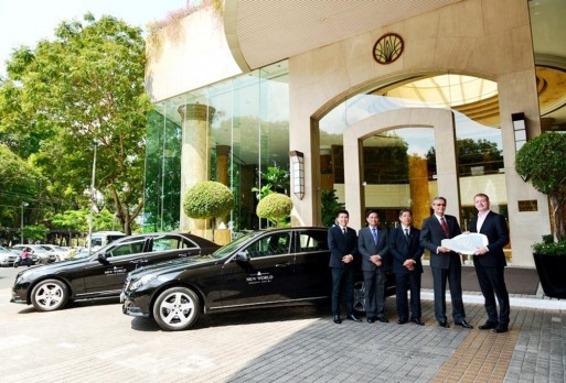 mercedes-benz-e-class-khach-san-5-sao-new-world-saigon