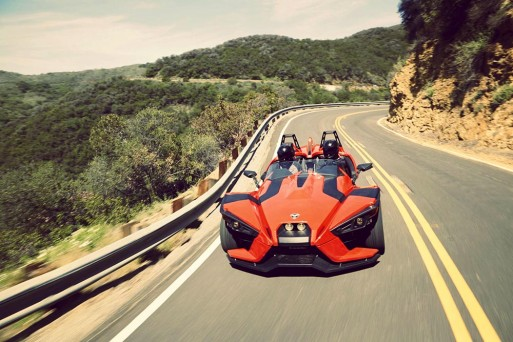 mo-to-3-banh-polaris-slingshot-2015