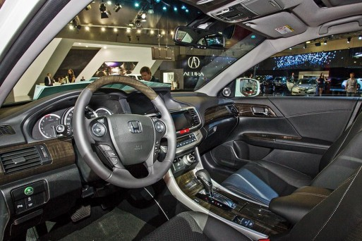 2015-honda-accord-facelift-moscow-motorshow